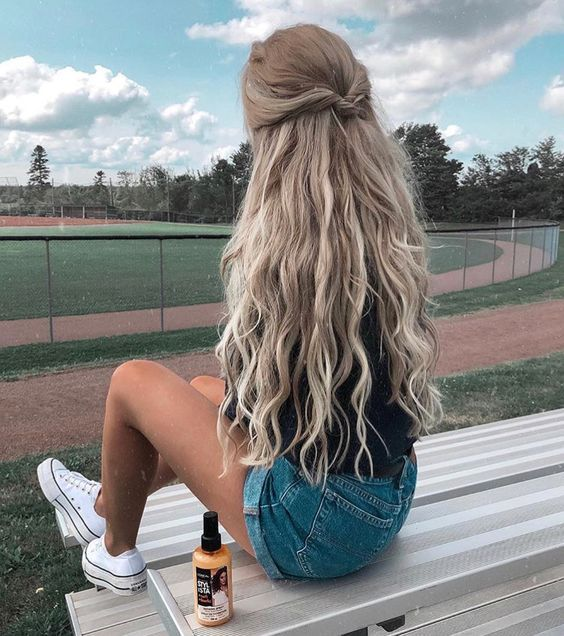 54 Cute and Easy Long Hairstyles for School for Fall and Winter .