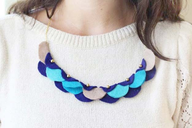 30 Cool and Easy DIY Necklac