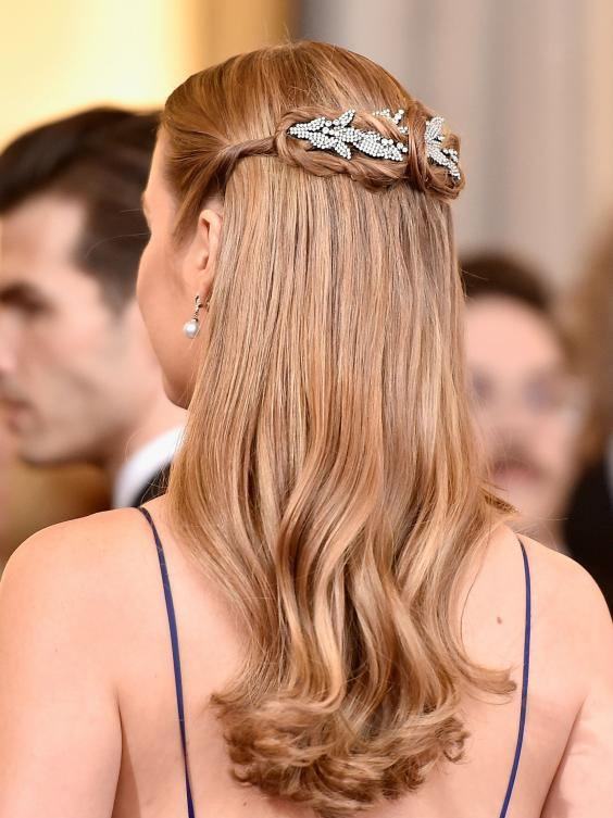 10 Best Oscar Updo Hairstyles Of All Time | Pretty-Hairstyles .