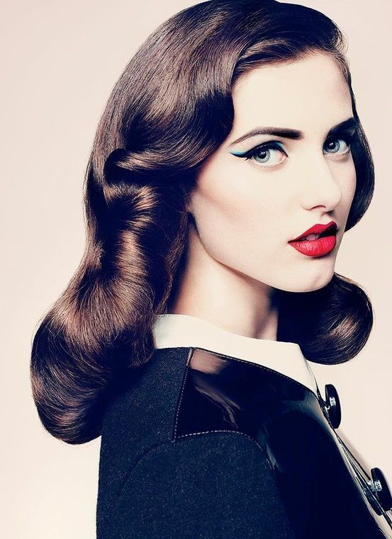 Wedding Inspiration | Retro hairstyles, Vintage hairstyles, Hair .