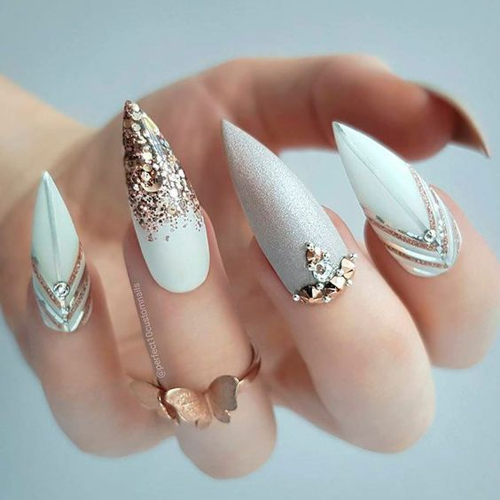 30 Romantic Nail Designs and Ideas for Valentine's Day – Page 15 .