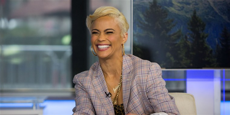 Paula Patton's hair is now a platinum blond pixie c