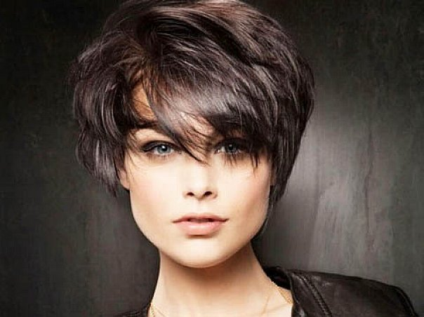 60 Unbeatable Short Hairstyles for Long Faces [202