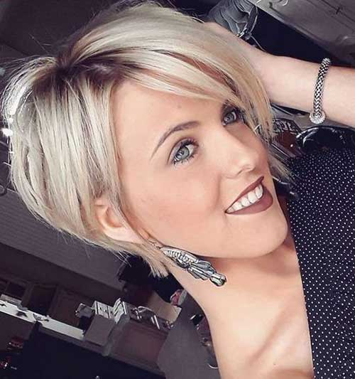 Attractive Short Haircuts for Women Over 40 | Short Hairstyles .
