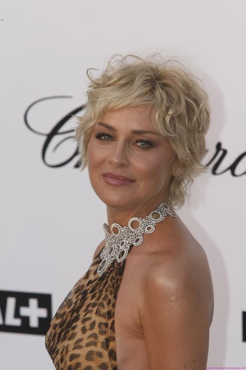 Short Hairstyles For Women Over 50 | Short curly hairstyles for .