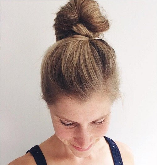 Simple Easy but Stylish Top Knots for   Summer