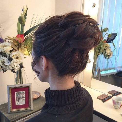 Simple Easy But Stylish Top Knots for Summer - Haircut Cra