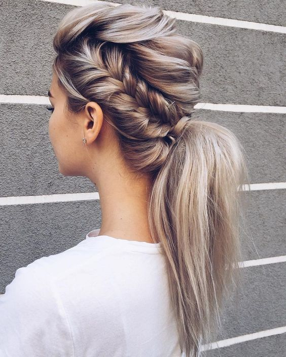 10 Cute Easy Ponytail Hairstyles for Women - Long Hair Styles 2020 .