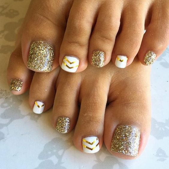 20 Adorable Easy Toe Nail Designs 2020 - Simple Toenail Art Desig