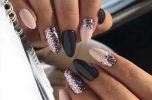 2020 的 55 Stylish Nail Designs For New Year 2020 || Nail art is .