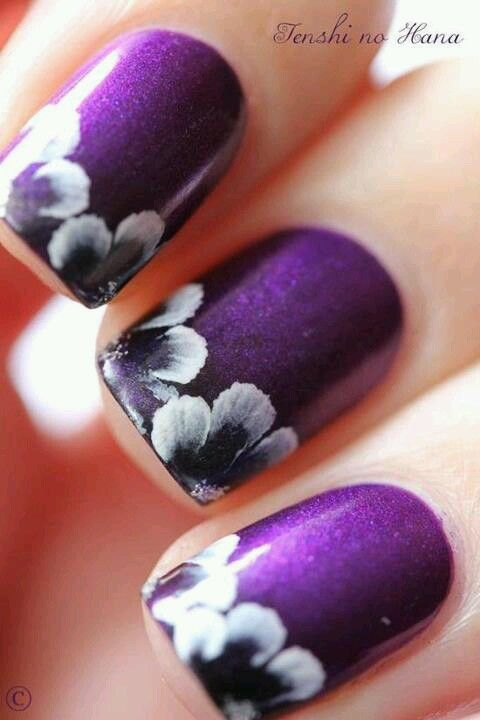 Stylish Nails to Pair Your Black and White Outfit | Purple nail .