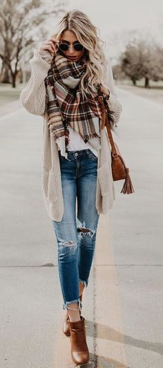 100+ blouse + ripped jeans #falloutfits #skirtoutfits #winter .