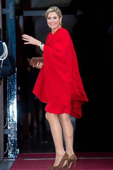 Royal style Queen! Maxima wows in berry-red dress with matching .