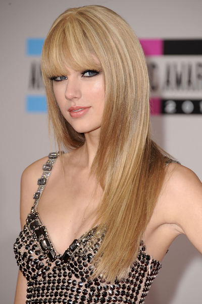 Taylor Swift's Hot Hairstyle Makeover | StyleCast