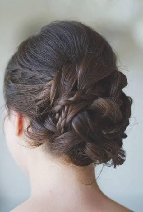 Top 12 Romantic Hairstyles for Summer - Pretty Desig
