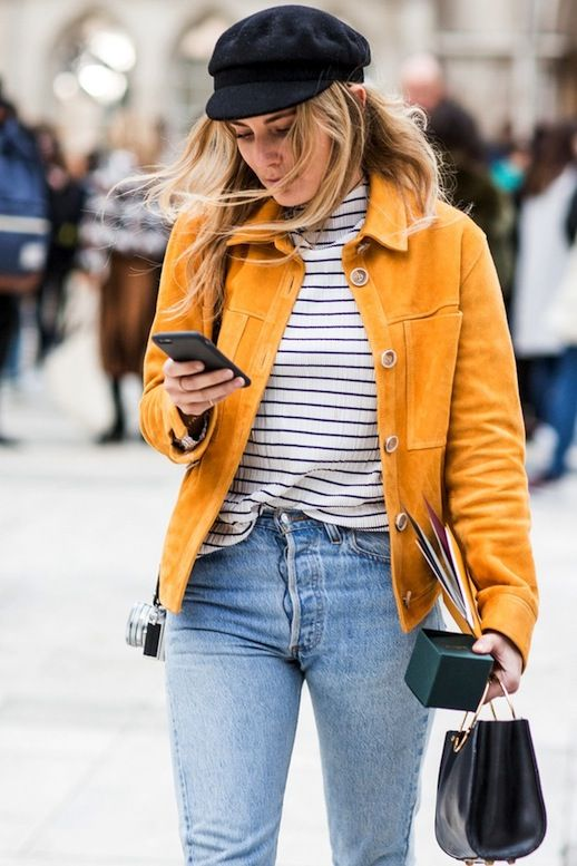 Street Style: A Casual Cool Way To Style A Bright Suede Jacket (Le .