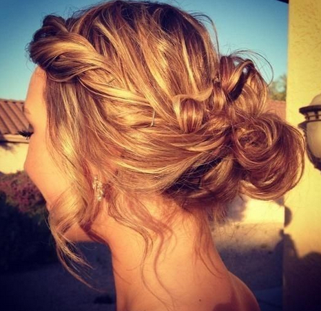 22 Cool Summer Updo Hairstyle Ideas - Pretty Desig