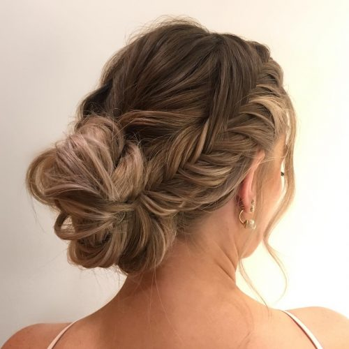 Updos for Long Hair – Cute & Easy Updos for 20