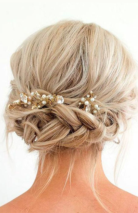 20 Stunning Updos for Short Hair - The Trend Spott
