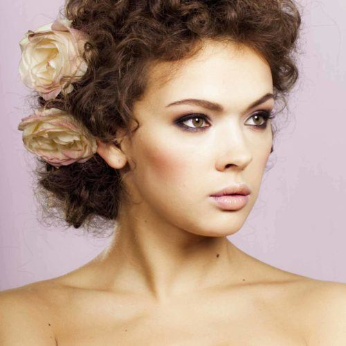 Vintage Hairstyles For Curly Hair: 20 Hairstyles You'll Wear on Repe
