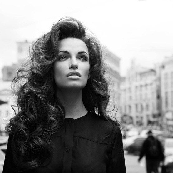 Voluminous Curls for Women