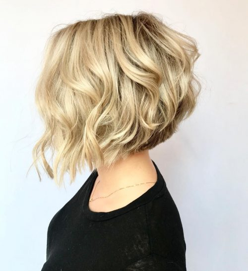 17 Short Wavy Bob Haircuts Trending Right N