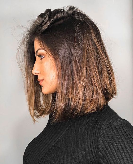 30+ Straight Medium Length Hairstyles for Women to Look Attractive .