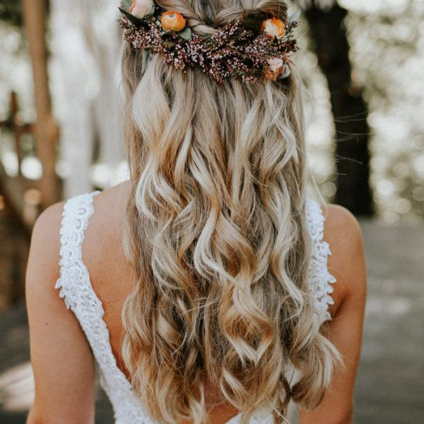27 Gorgeous Half Up Half Down Wedding Hairstyl