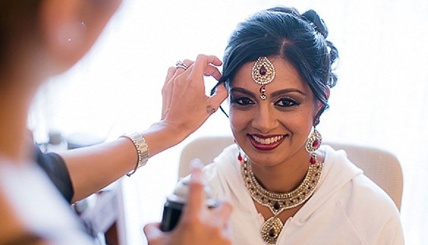 Trending Indian Bridal Hairstyles for this Wedding Season!