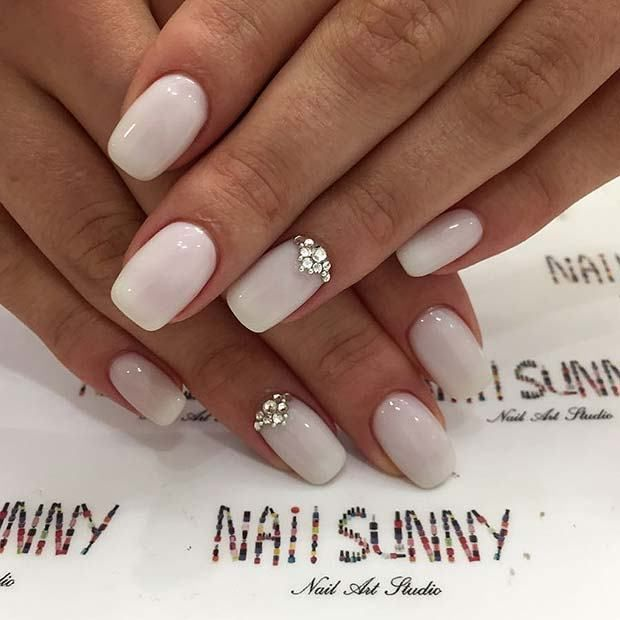 Pretty Wedding Nail Ideas for Brides-to-Be | Simple wedding nails .