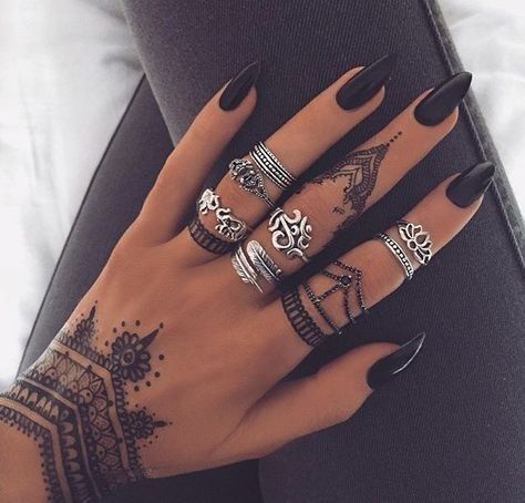 Dramatic Design | Wrist tattoos for women, Hand tattoos for women .