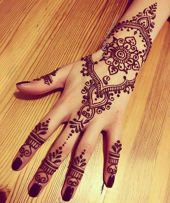 30 Most Beautiful Temporary Henna Tattoos For Women - AWESOME T