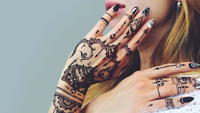 Beautiful Henna Tattoo Designs for Woman