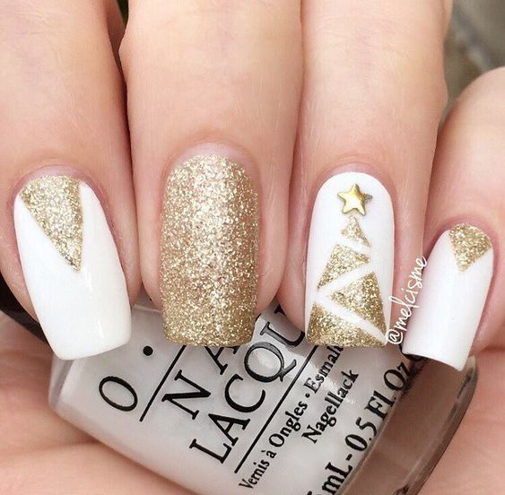15 Best Christmas Nail Inspiration | Gold nails, Trendy nails .