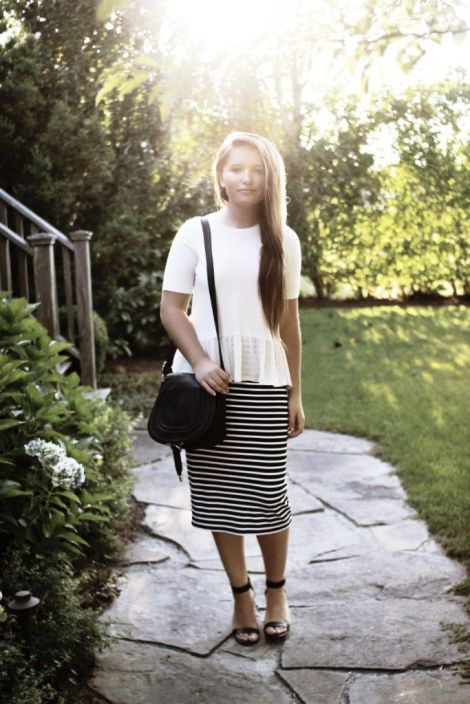 50+ Best Courtney Toliver Style | Modest outfits, Modest fashion .