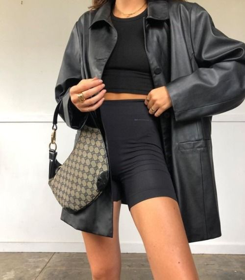 Daily Fashion and Style Inspo - pinned at February 20 2020 at 01 .
