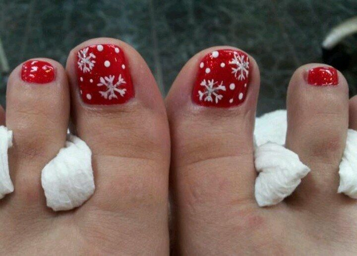 30 Best and Easy Christmas Toe Nail Designs - Christmas .