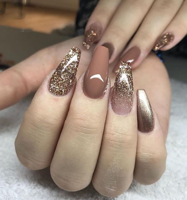 49 Best Glitter Nail Art Ideas For Glam Loo