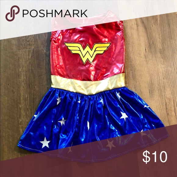 Wonder Woman pet costume (With images) | Pet costumes, Costumes .