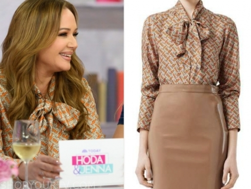 Leah Remini Fashion, Clothes, Style and Wardrobe worn on TV Shows .