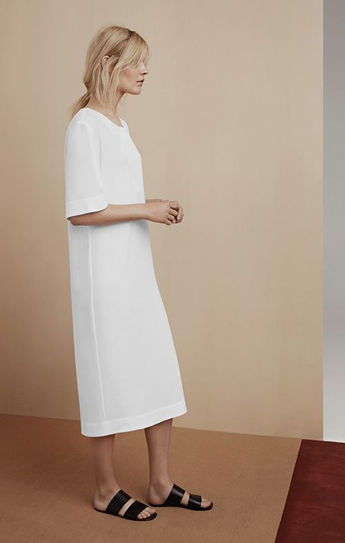 40+ Best Minimalist Women Style and Casual | Minimalist dresses .