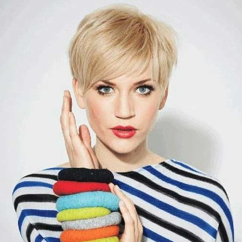 20 Celebrity Short Hairstyles for Fine Hair in 2019 - Best Short .