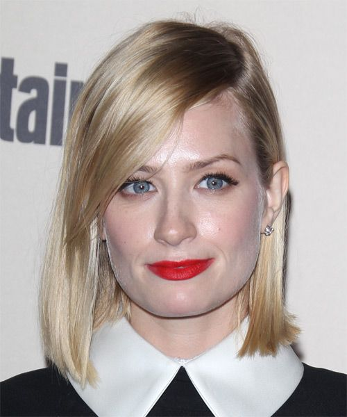 Beth Behrs Medium Straight Casual Bob Hairstyle - Light Blonde .