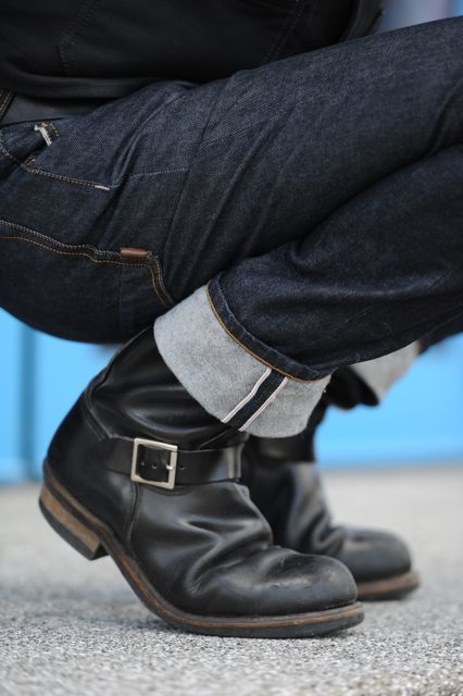 Dark Denim Fitted Jeans, and Old Biker Boots, Classic. Mens Fall .