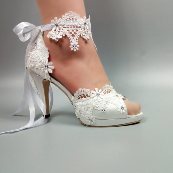 Womens wedding shoes New arrival Peep Toe white lace-Up shoes Two .