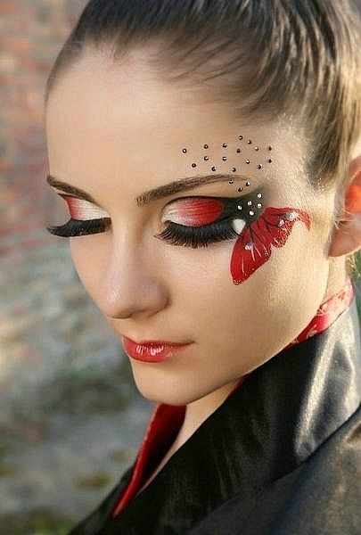 Red butterfly~ | Butterfly makeup, Dramatic eye makeup, Dramatic .