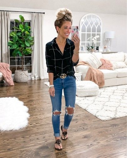 Comfy casual spring & summer outfit idea   Casual outfits for moms .