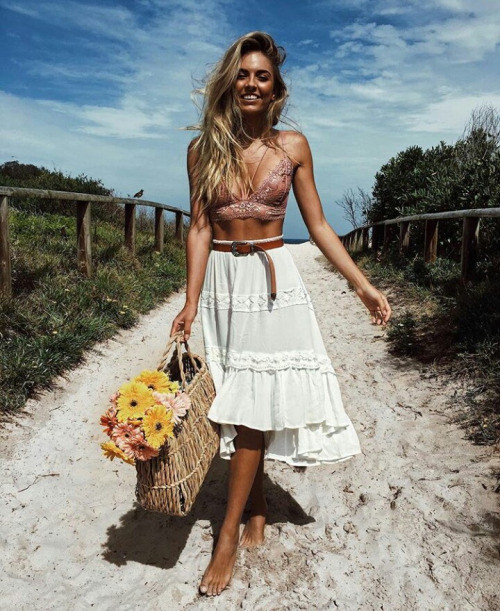 25 Amazing Boho-Chic Style Inspirations and Outfit Ideas – High