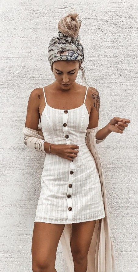 30 Great Stylish Chic Outfit Ideas | Linen summer outfits, Cheap .