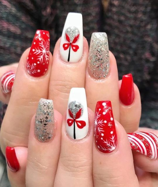 41 SUPRISING CHRISTMAS NAIL ART DESIGN Ideas for This new Year .